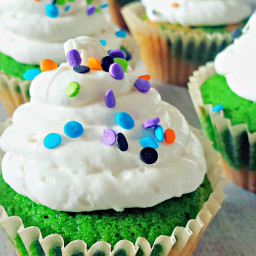 Light and Fluffy Cupcakes
