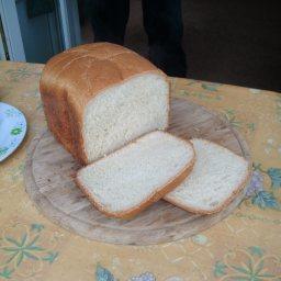 lindas-bread-machine-white-bread-5.jpg