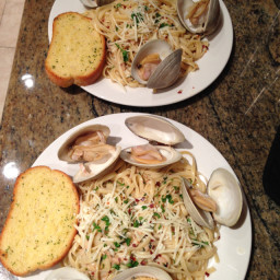 linguine-with-clam-sauce-26.jpg