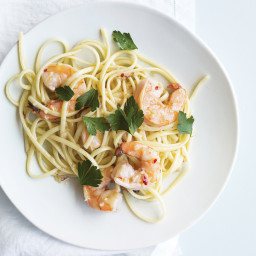 Linguine with Shrimp and White Wine
