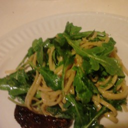 Linquine with Pesto, Sun Dried Tomatoes and Arugula