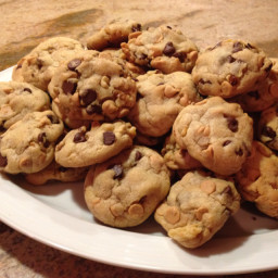 Liz's Most Famous Chocolate Chip Cookies