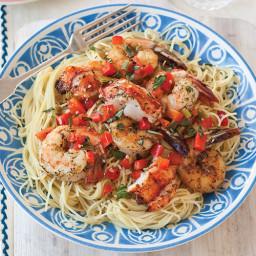 lobster-and-shrimp-pasta-2814382.jpg