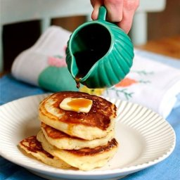 Lofty Buttermilk Pancakes