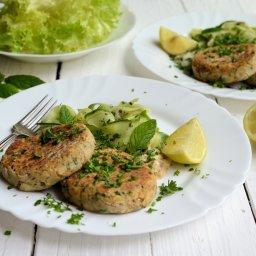 Low-Calorie Salmon & Herb Fishcakes