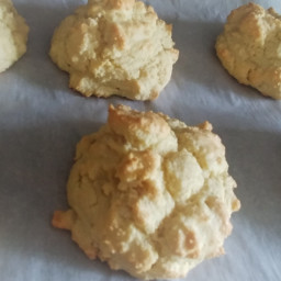 Low Carb Almond Flour Biscuits