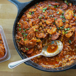 Low-Carb Cajun Jambalaya (One-Skillet Recipe)