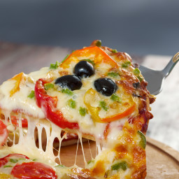Low carb Pizza with cheese crust