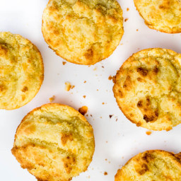 Low Carb Red Lobster Cheddar Bay Biscuits
