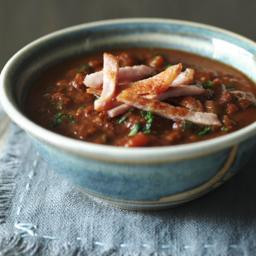 Low-fat bacon and lentil soup