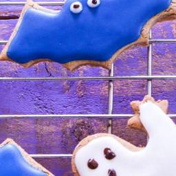 Low FODMAP Ginger Halloween Cookies