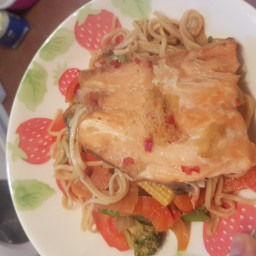 low-syn-ginger-chilli-lime-salmon-with-noodles-slimming-world-22d2b51f10ad018c7380c22c.jpg