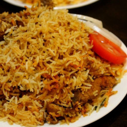 lucknowi-biryani-recipe-lucknowi-chicken-biryani-2673233.jpg