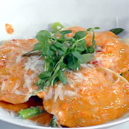 Lump Crabmeat Ravioli with Red Pepper Cream Sauce and Asparagus