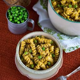 Mac 'n Peas with Creamy Butternut Squash Sauce