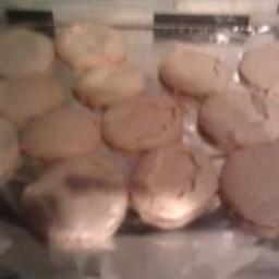 Maddy's Meringue Cookies