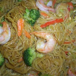 mai-fun-noodles-with-shrimp-2.jpg