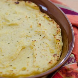 make-ahead-garlic-herb-mashed-potat-2.jpg