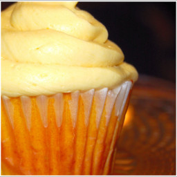 Mango Cupcakes With Mango Buttercream Frosting
