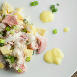 mango-lobster-salad-1630337.jpg