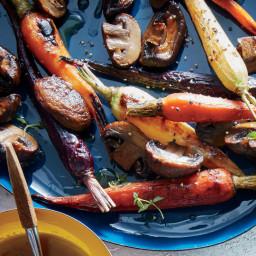 Maple-Dijon Roasted Carrots and Mushrooms