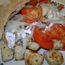 marinated-chicken-pita-sandwich-1720304.jpg