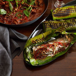 Martin Boetz: Grilled rainbow trout fillets with curry paste, young coconut