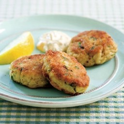 Maryland Crab Cakes—Pan-Fried Crab Cakes with Old Bay Seasoning