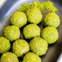 Matcha Coconut Bliss Balls {Gluten Free, Paleo, Vegan}