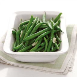 Microwave-Steamed Garlic Green Beans