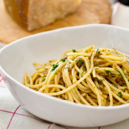 midnight-pasta-with-garlic-anchovy-capers-and-red-pepper-1886837.jpg