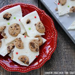 Milk and Cookies Bark {No Bake Christmas Treat!}