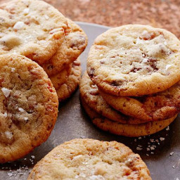 Milk Chocolate Chip Maple Syrup Glazed Bacon Cookies