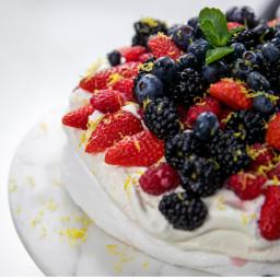 mini-berry-pavlovas-4559ed.jpg