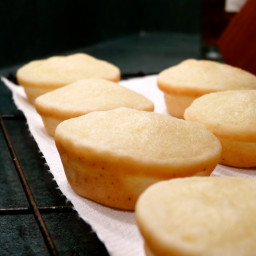 Mini Coconut Mochi Cupcakes