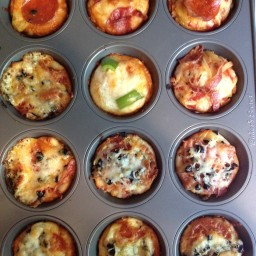 mini-deep-dish-pizzas-2.jpg