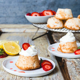 Mini Grain-Free Angel Food Cakes with Lemon Whipped Cream and Juicy Strawbe