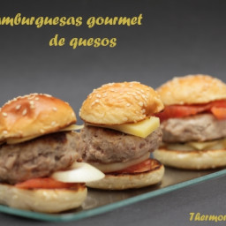 Mini hamburguesas gourmet de queso