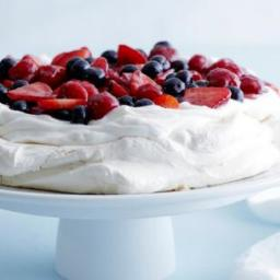 mixed-berry-pavlova-6.jpg