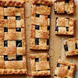 mixed berry pie | BigOven