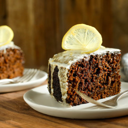 Moist Gingerbread Cake With Lemon Glaze