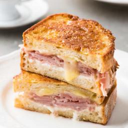 Monte Cristo (Ham Cheese Breakfast Sandwich)