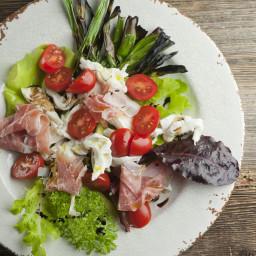 Mozzarella Prosciutto Salad