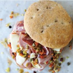 muffuletta-sandwich-1162841.jpg