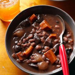 Mushroom-Bean Bourguignon Recipe