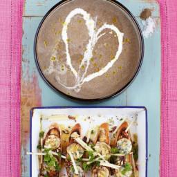 mushroom-soup-with-stilton-apple-amp-walnut-croutes-1793787.jpg
