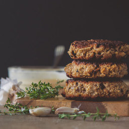 Mushroom Quinoa Burgers with Roasted Garlic and Thyme Mayonnaise