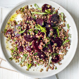 Mustardy beetroot and lentil salad
