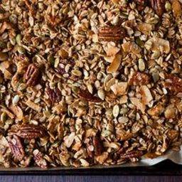 Nekisia Davis Olive Oil and Maple Granola