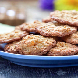 New Fashioned Apricot Oatmeal Cookies